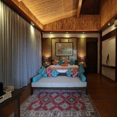 Manlalic Villa Bed